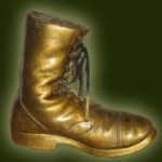 blaa-negl-2011-gold-boot-200pix